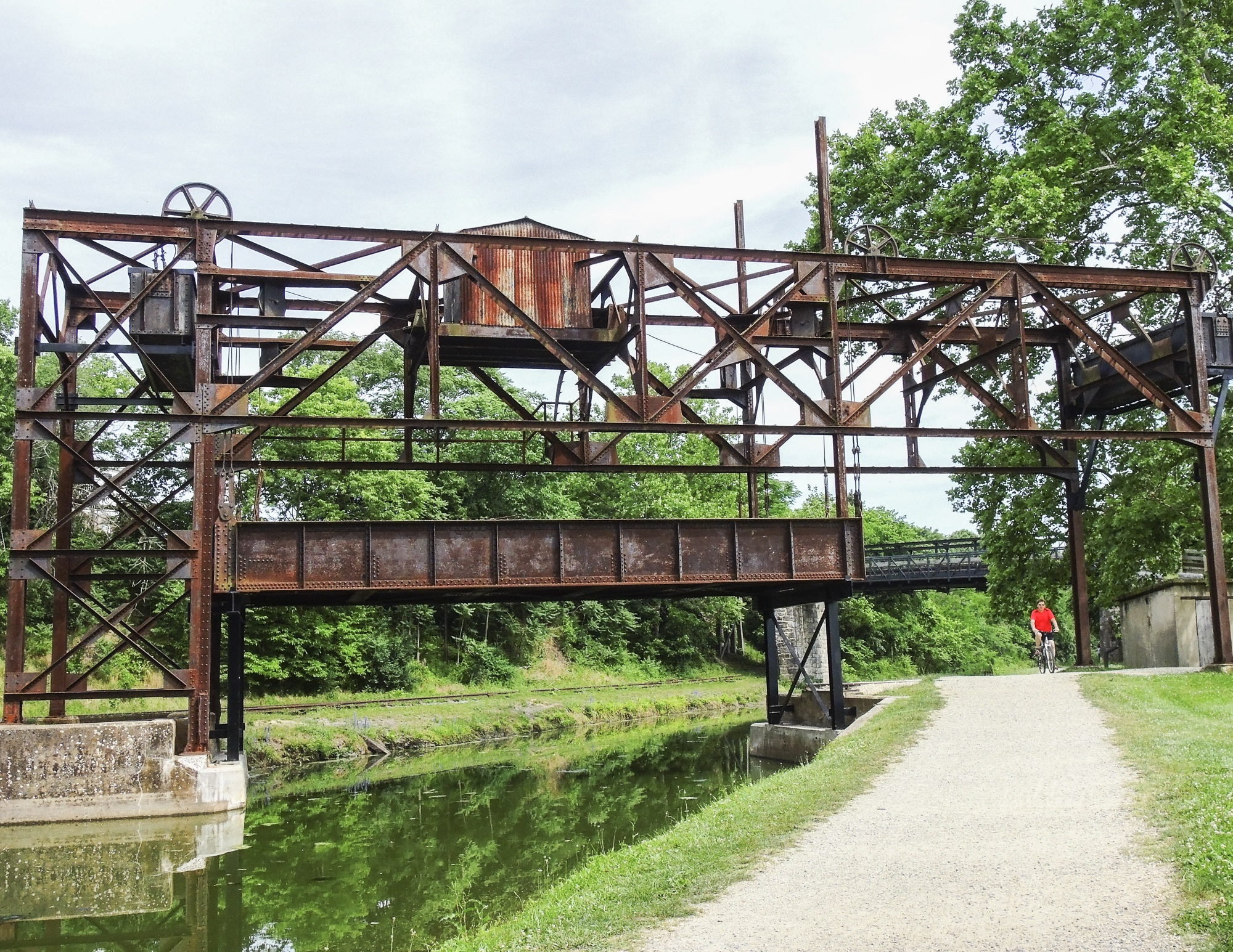 Railroad lift bridge at Williamsport